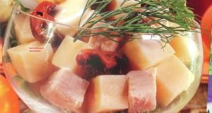 _салат с курицей, грибами, яйцами