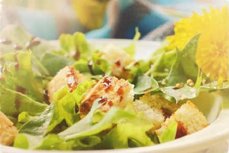 _французский салат с одуванчиком
