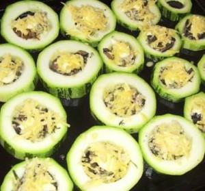 Вкусные кабачки_ запеченные с фаршем