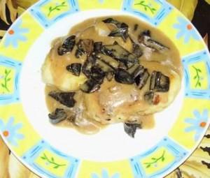Котлеты из картофельного пюре_грибной соус
