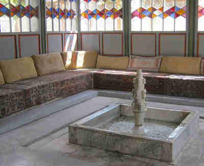 Ханский дворец в Бахчисарае_летняя беседка