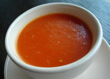 Томатный суп пюре-классический рецепт_ в чашке