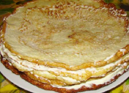 Кабачковый торт рецепт с фото пошагово_смазываем блин начинкой