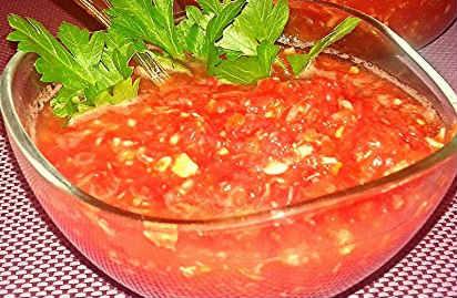Приготовление аджики в домашних условиях на зиму_из помидор с чесноком