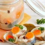 Скумбрия маринованная в домашних условиях, очень вкусная_с морковью и луком