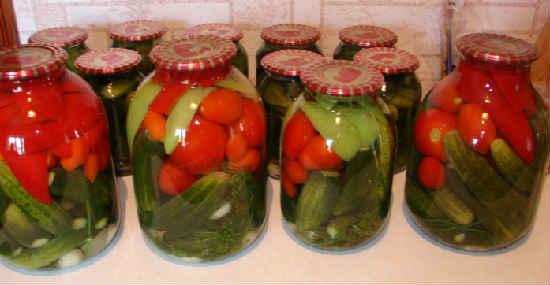 Маринованные овощи ассорти