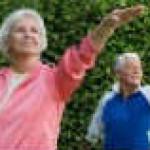 Средства от запоров для пожилых