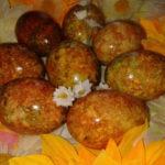 _мраморные яйца в луковой шелухе и зеленке